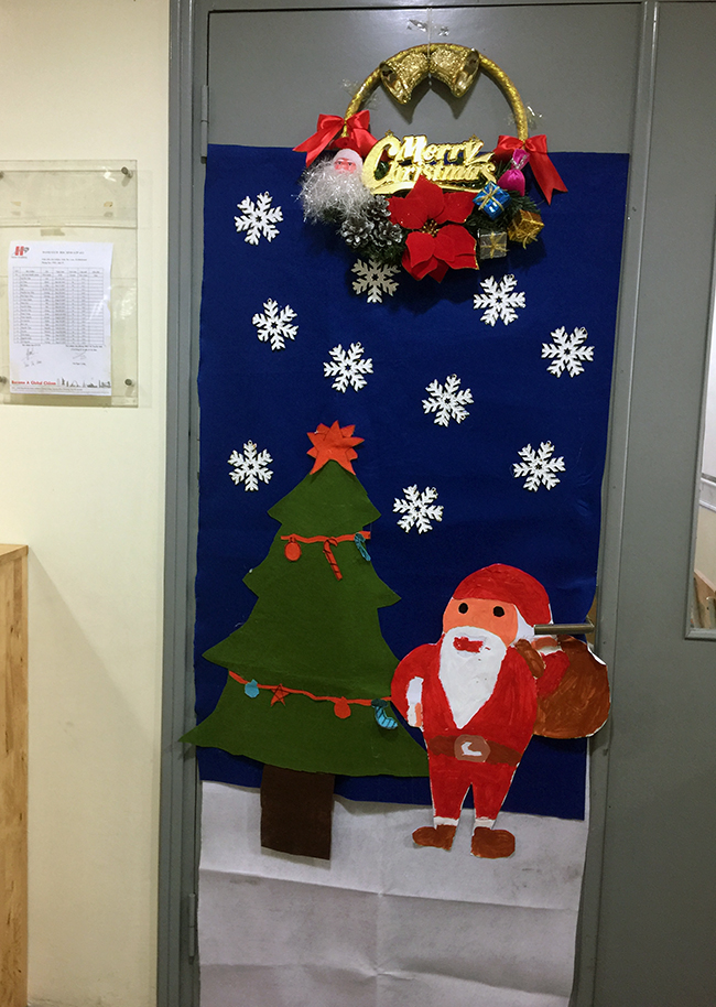 Christmas is coming to school 13 Christmas is coming to … school