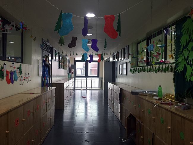 Christmas is coming to school 5 Christmas is coming to … school