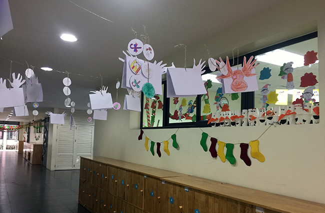 Christmas is coming to school 8 Christmas is coming to … school