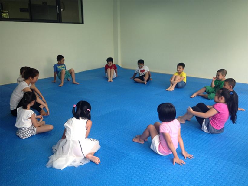 HA nhap mon Yoga he 2016 01 Hanoi Academy nhập môn Yoga hè 2016