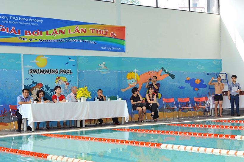 Boi lan than thu 6 1 Giải bơi lặn lần thứ VI trường THCS Hanoi Academy