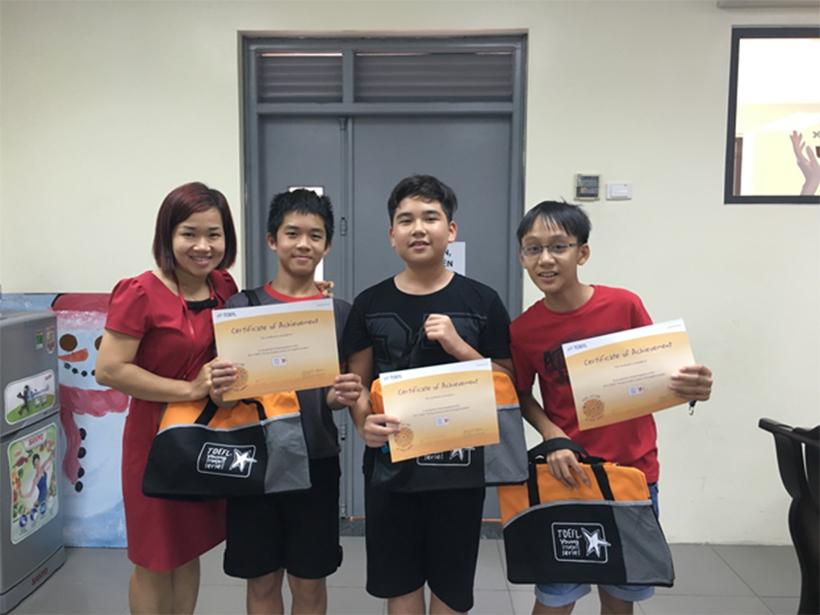 Go English 17 Niềm vui bất ngờ của các thành viên tham gia dự án Go! English