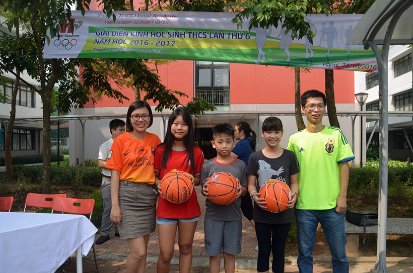 DK lan VI THCS 13 Giải điền kinh lần thứ VI trường THCS Hanoi Academy