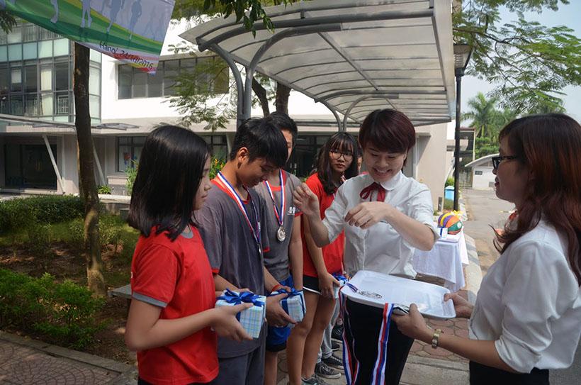 DK lan VI THCS 2 Giải điền kinh lần thứ VI trường THCS Hanoi Academy