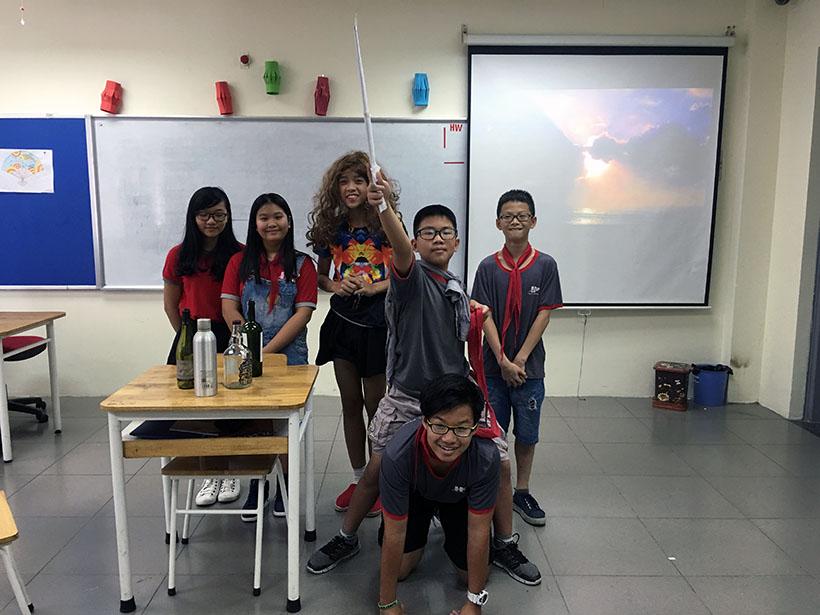 Donkihote 6 Đôn-ki-hô-tê và hành trình đến với học sinh Hanoi Academy