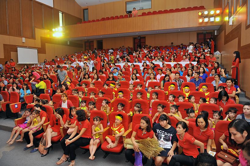 """Giai dieu tuoi hong 1 Trường Hanoi Academy với hội thi """"Giai điệu Tuổi Hồng"""" ngành GD&ĐT quận Tây Hồ năm học 2016 – 2017"""