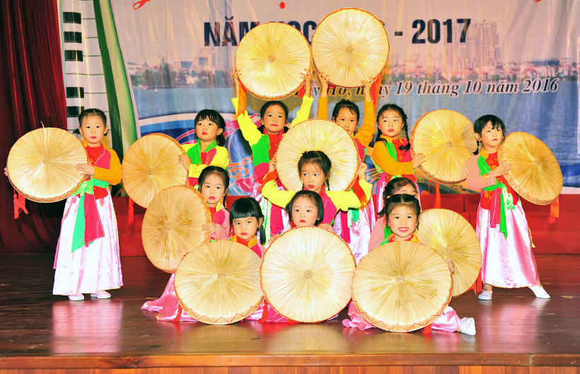 """Giai dieu tuoi hong 3 Trường Hanoi Academy với hội thi """"Giai điệu Tuổi Hồng"""" ngành GD&ĐT quận Tây Hồ năm học 2016 – 2017"""