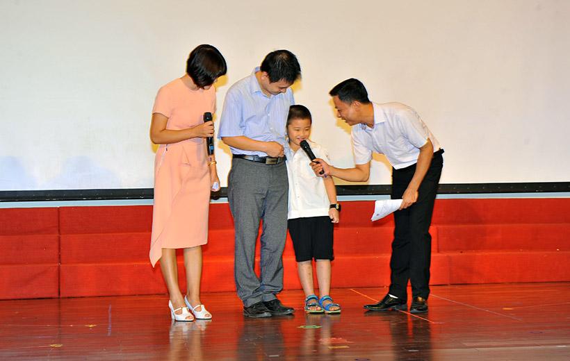 """Me va co 2 nguoi me hien 5 Trường Tiểu học Hanoi Academy với chuyên đề sinh hoạt tập thể """"Mẹ và Cô – Hai người mẹ hiền"""""""