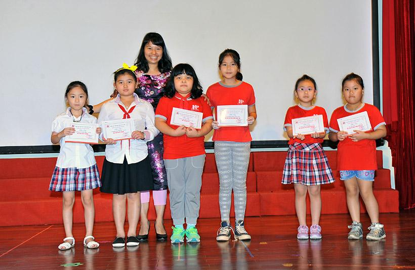 """Me va co 2 nguoi me hien 6 Trường Tiểu học Hanoi Academy với chuyên đề sinh hoạt tập thể """"Mẹ và Cô – Hai người mẹ hiền"""""""