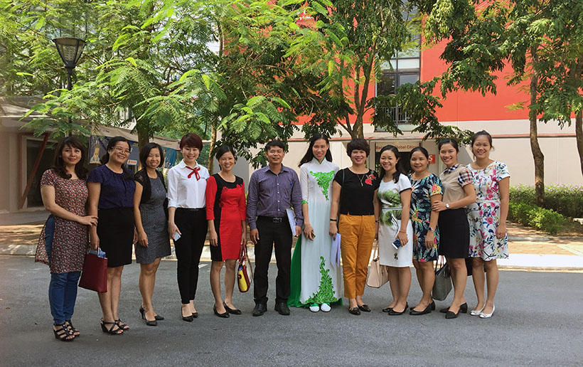 Van minh thanh lich 13 Thầy và trò trường THCS Hanoi Academy trong phong trào giáo dục Nếp sống văn minh thanh lịch