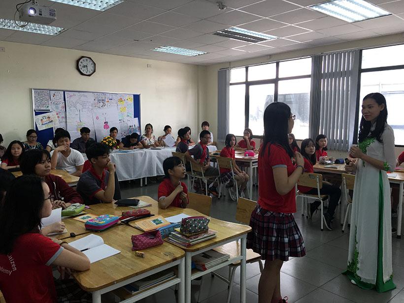 Van minh thanh lich 6 Thầy và trò trường THCS Hanoi Academy trong phong trào giáo dục Nếp sống văn minh thanh lịch
