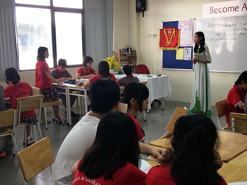 Van minh thanh lich 7 Thầy và trò trường THCS Hanoi Academy trong phong trào giáo dục Nếp sống văn minh thanh lịch