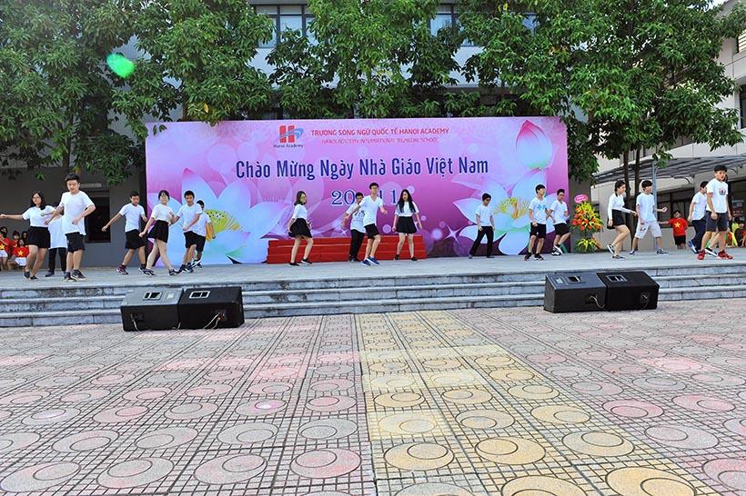 Chao mung 20-11 1 Chào mừng ngày nhà giáo Việt Nam 20-11