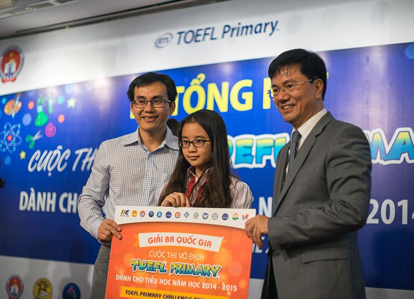 here and there... Chúc mừng thí sinh Hoàng Diệu Trang và Nguyễn Đức Anh lọt vào vòng Quốc gia cuộc thi Toefl Junior 2016