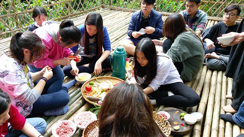 Cuoc thi nau an giua nui rung 9 Cuộc thi nấu ăn ở giữa núi rừng