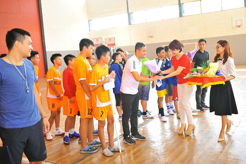 Football tournament 1 Khi cảm xúc lăn cùng trái bóng