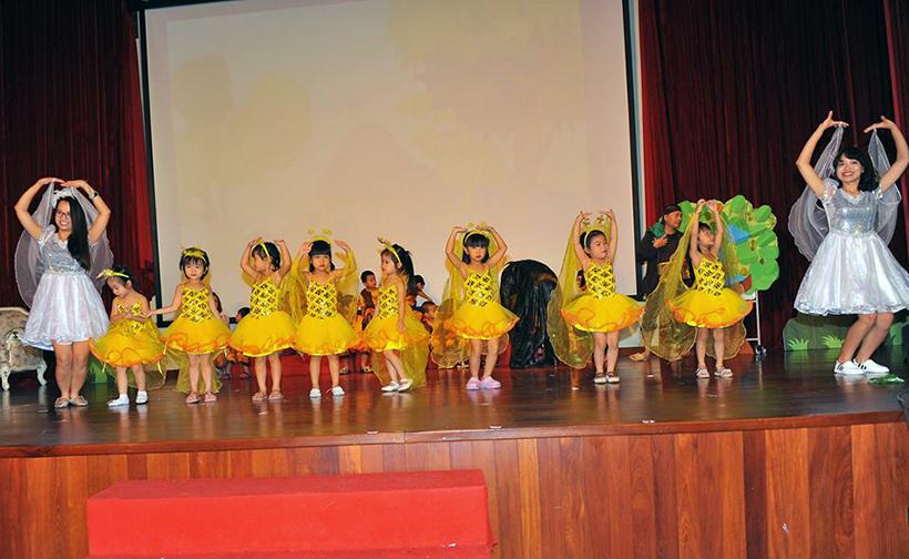 """Guong mat than quen vui nhon 10 Sân chơi """" Gương mặt thân quen vui nhộn"""" cho các bé Mầm non Hanoi Academy"""