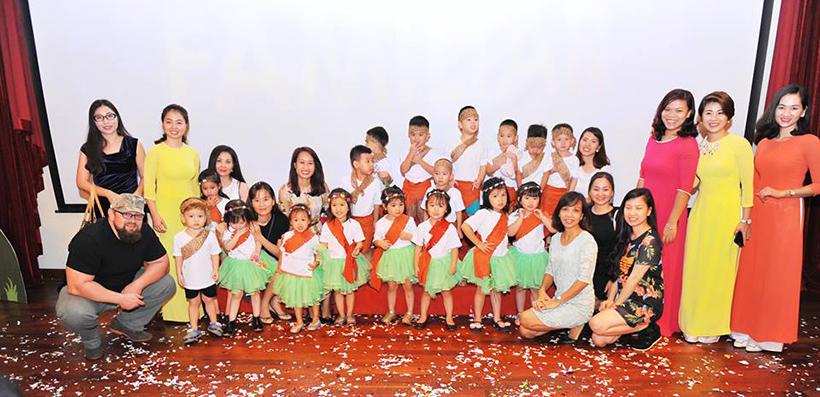 """Guong mat than quen vui nhon 18 Sân chơi """" Gương mặt thân quen vui nhộn"""" cho các bé Mầm non Hanoi Academy"""
