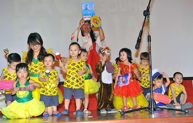 """Guong mat than quen vui nhon 3 Sân chơi """" Gương mặt thân quen vui nhộn"""" cho các bé Mầm non Hanoi Academy"""