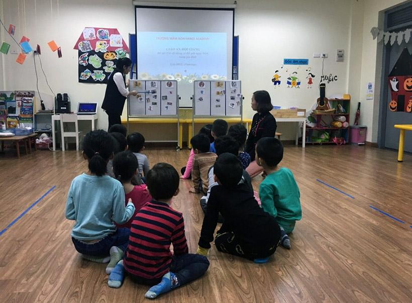Hoc KNS cho tre nho 2 Trang bị kĩ năng sống với trẻ nhỏ không bao giờ là quá sớm!