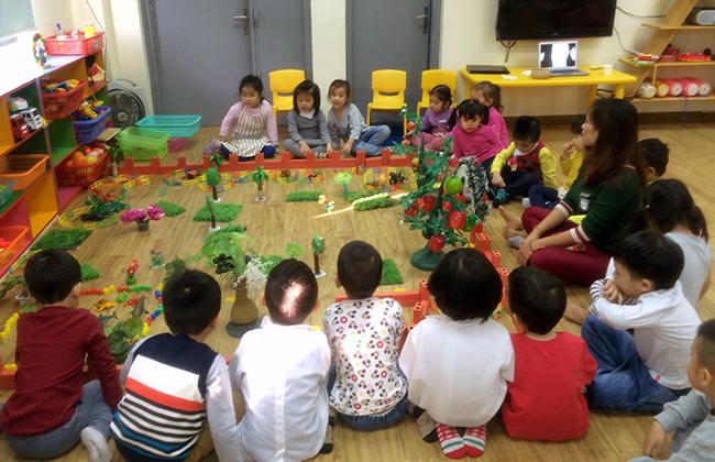 Boi duong tinh yeu thuong dong vat 4.1 Bồi dưỡng tình yêu thương loài vật cho trẻ