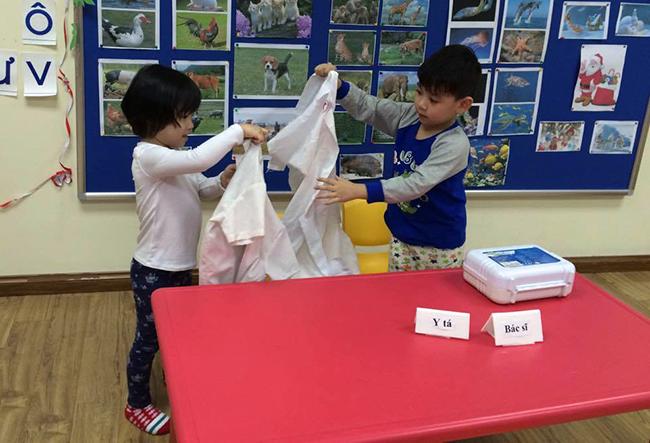 Boi duong tinh yeu thuong dong vat 5.2 Bồi dưỡng tình yêu thương loài vật cho trẻ
