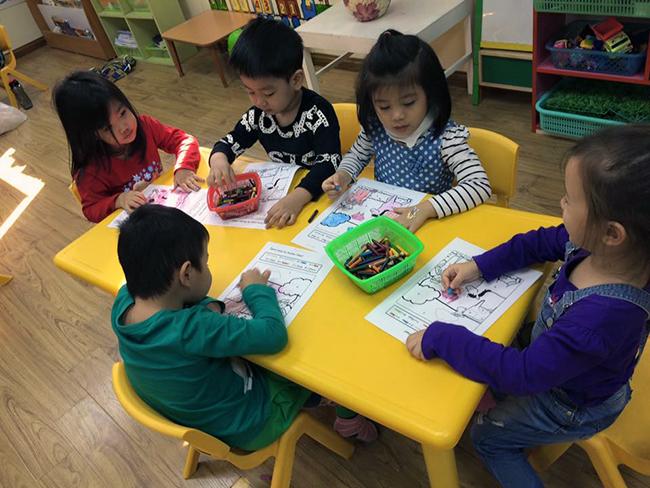 Boi duong tinh yeu thuong dong vat 8.3 Bồi dưỡng tình yêu thương loài vật cho trẻ