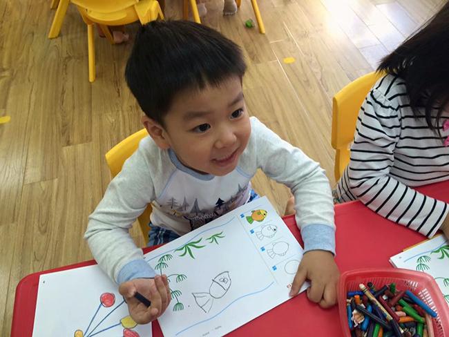 Boi duong tinh yeu thuong dong vat 8.4 Bồi dưỡng tình yêu thương loài vật cho trẻ
