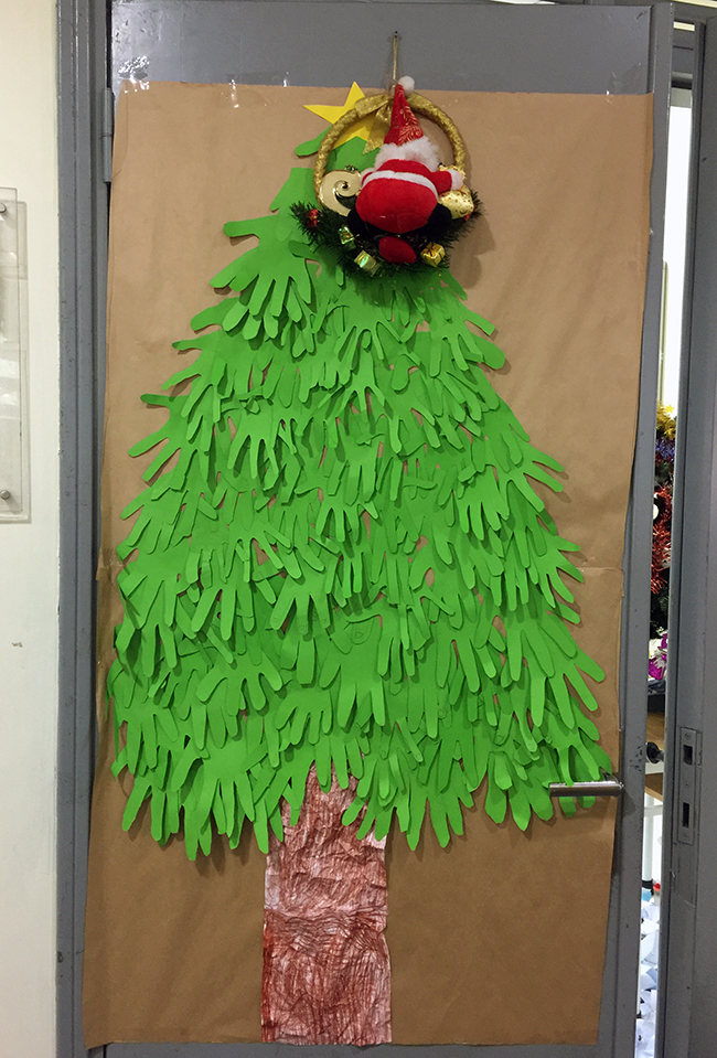 Christmas is coming to school 16 Christmas is coming to … school