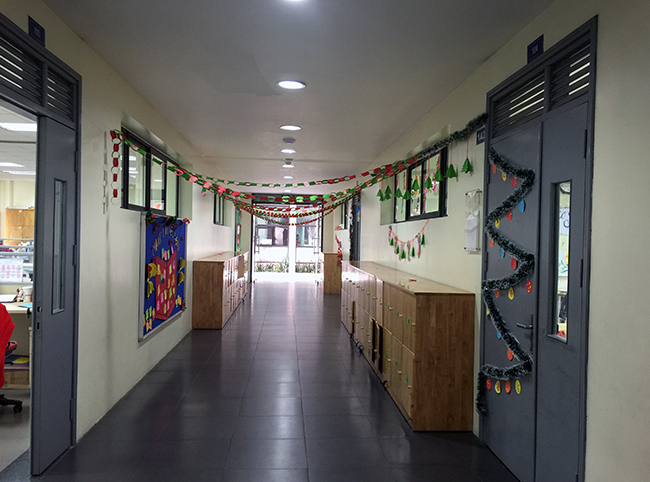 Christmas is coming to school 7 Christmas is coming to … school