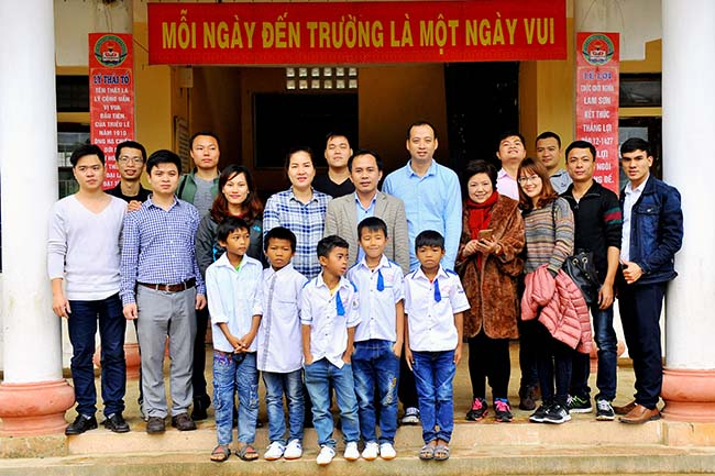 Chung tay vi mien Trung yeu thuong 15 Chung tay vì Miền Trung yêu thương