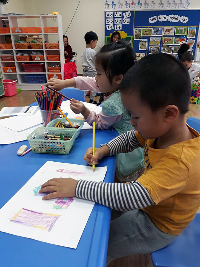 Cung be hoc ve 14 Hãy cùng bé học vẽ!