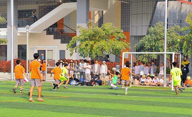 Giao huu bong da HA vs SIS 05 Giao hữu bóng đá giữa Hanoi Academy vs SIS