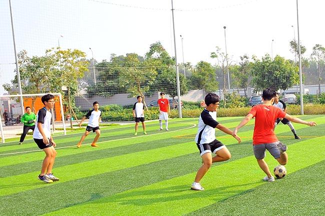 Giao huu bong da HA vs SIS 06 Giao hữu bóng đá giữa Hanoi Academy vs SIS