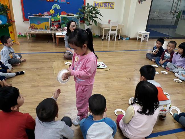 Lop Montesori 2 Lớp Montessori chào đón Noel 2016