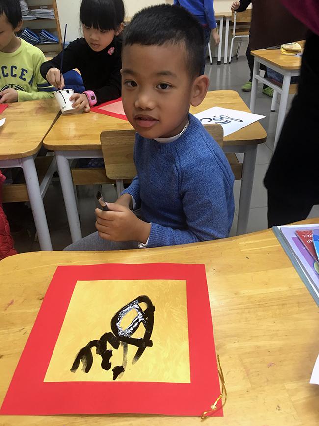 """10 Những """"Ông đồ nhí"""" đến từ Hanoi Academy"""