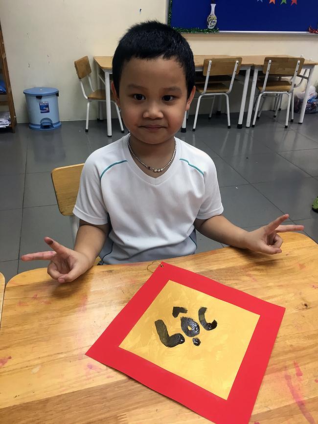 """18 Những """"Ông đồ nhí"""" đến từ Hanoi Academy"""