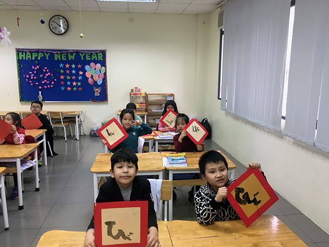 """24 Những """"Ông đồ nhí"""" đến từ Hanoi Academy"""