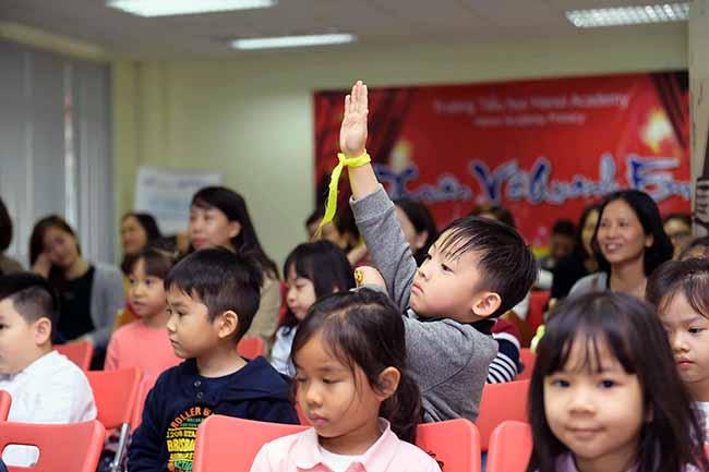 Cung con toi truong 5 Bố mẹ ơi, cùng con tới trường Hanoi Academy nhé!