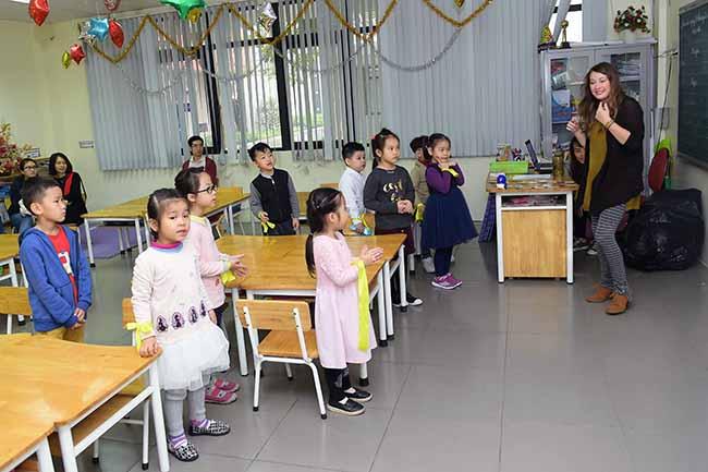 Cung con toi truong 6 Bố mẹ ơi, cùng con tới trường Hanoi Academy nhé!