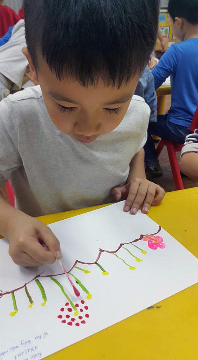 """Chuyen tham quan thung lung hoa 19 Chuyến thăm quan:"""" Thung lũng hoa Hồ Tây"""" của các bé khối mầm non"""