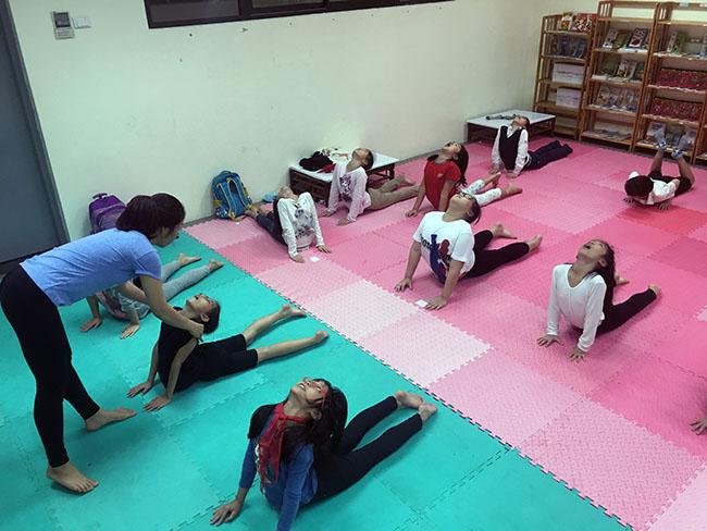 Rắn hổ mang 2 Cùng khám phá giờ học Yoga đầy thú vị