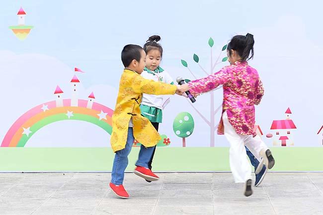Hoi cho xuan 17 Hội chợ Xuân – Spring Fair 2017