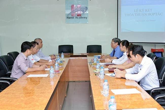 Hanoi Academy ký kết thỏa thuận hợp tác với Trung tâm Khoa học tính toán trường ĐH Sư phạm Hà Nội