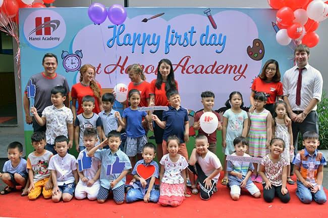 Welcome back to school – Ngày tựu trường năm học 2017 – 2018