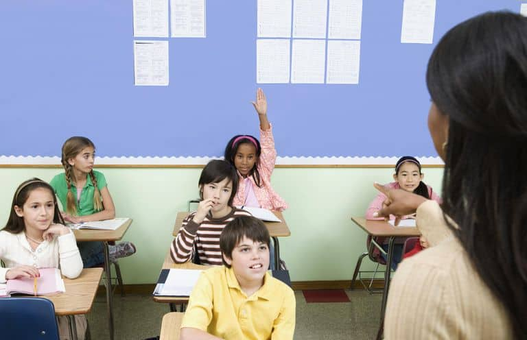 ren-ky-nang-giao-tiep-cho-hoc-sinh Rèn kỹ năng giao tiếp cho học sinh không khó nếu đúng cách