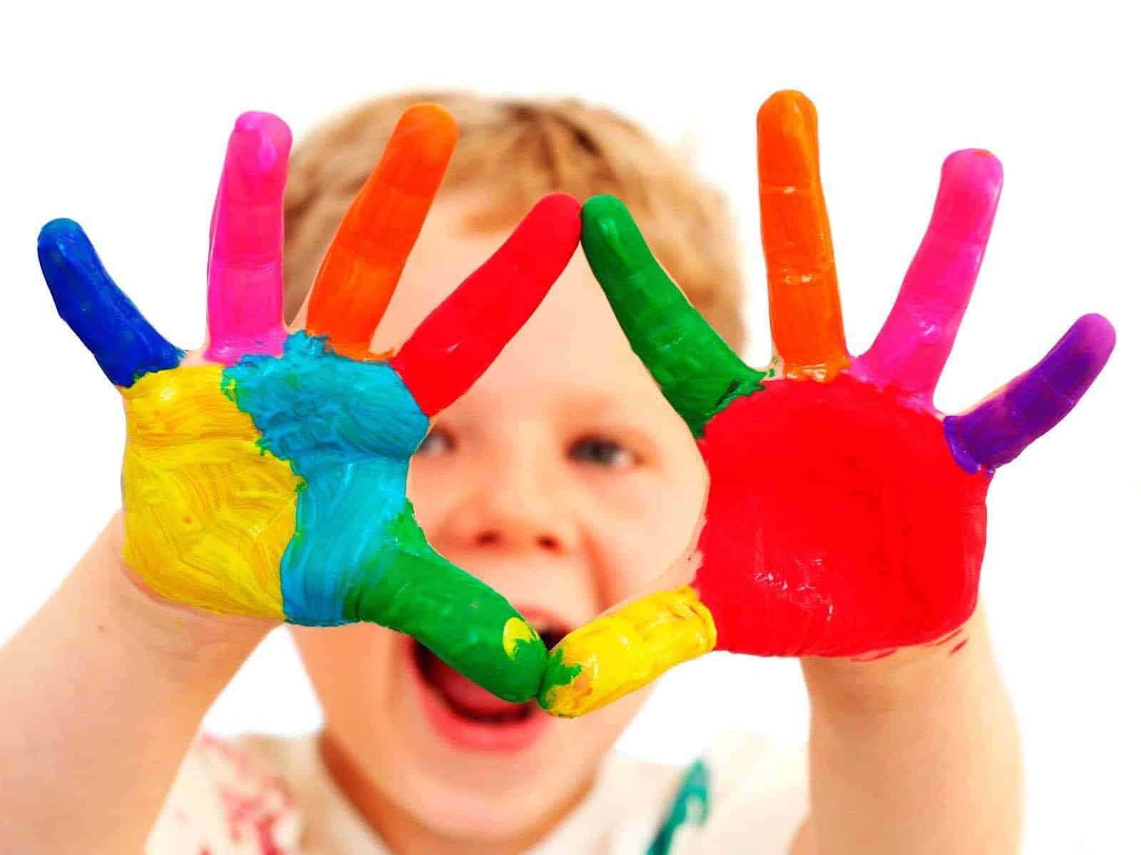 đồ chơi phát triển thể chất cho trẻ mầm non