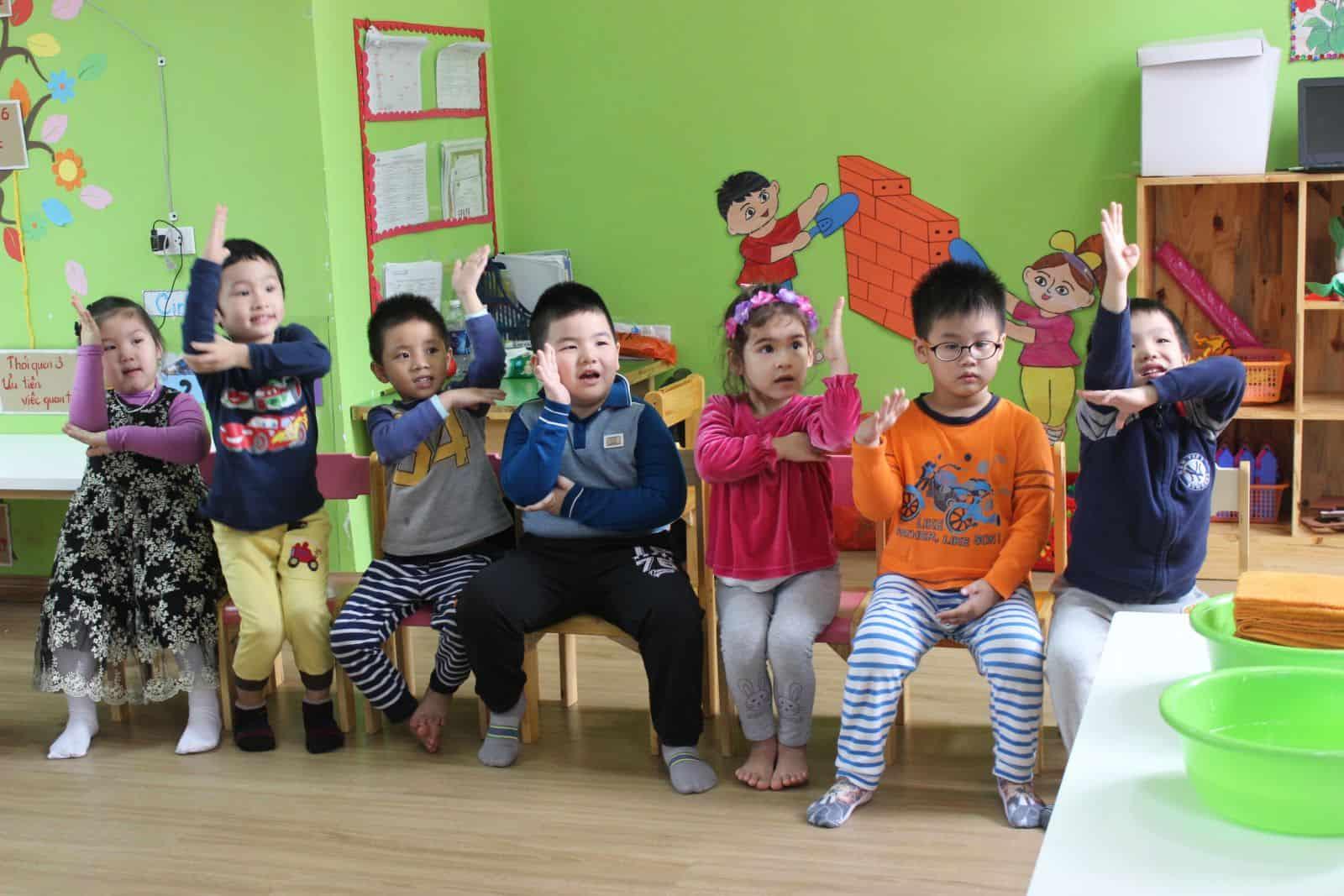 giáo áo giáo dục kỹ năng sống cho trẻ mầm non Bé tự lập – Mẹ yên tâm với giáo án kỹ năng sống cho trẻ mầm non