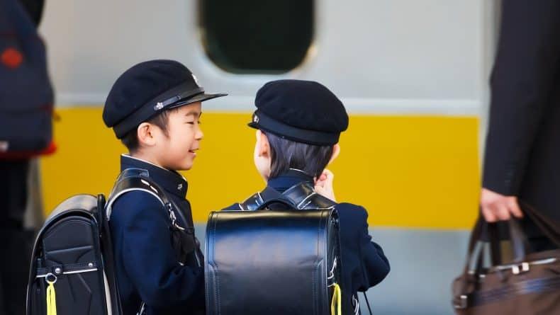 Phương pháp nuôi dạy con theo kiểu Nhật Phương pháp dạy con kiểu Nhật, mẹ Việt học được gì để dạy con thông minh?