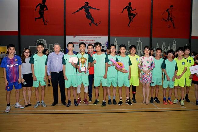 Giải bóng đá giao hữu giữa các trường Song ngữ Quốc tế tại Hà Nội Giải bóng đá giao hữu giữa các trường Song ngữ Quốc tế tại Hà Nội
